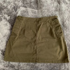 Chinos olive green skirt